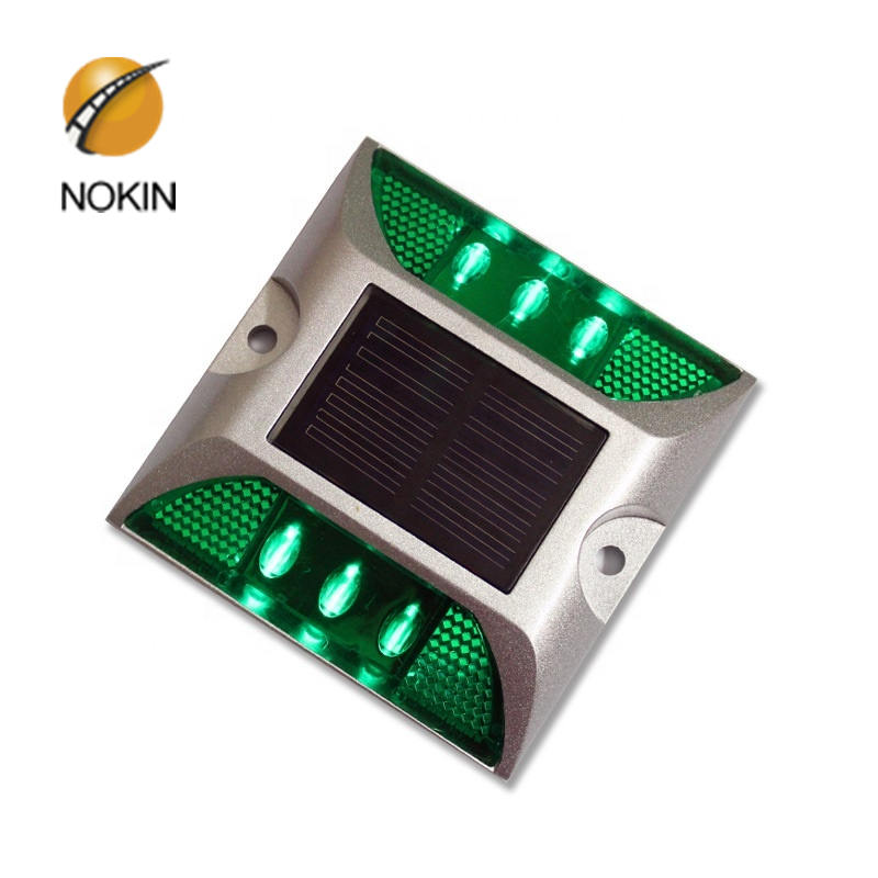 China Solar Road Marker LED Flashing Reflective